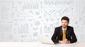 Affärsman med diagrambakgrund Arkivfoton