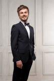 Affärsman på klassisk inre bakgrund Royaltyfri Fotografi