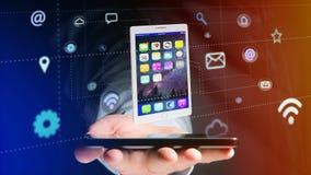Affärsman som använder en smartphone med en minnestavla som omger vid app Royaltyfri Bild