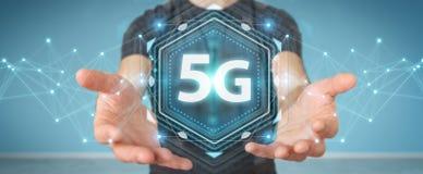 Affärsman som använder tolkningen för manöverenhet för nätverk 5G 3D Royaltyfria Bilder