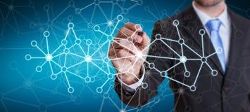 Affärsman som drar nätverket för digitala data med en tolkning för penna 3D Arkivbilder