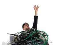 Affärsman som fångas av kablar begrepp av spänningen och överansträngningar arkivfoton