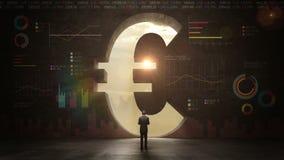 Affärsman som framme står av den svarta väggen, form av ett eurotecken begreppsmässig valutaeuro för sedlar femtio fem tio bank r royaltyfri illustrationer