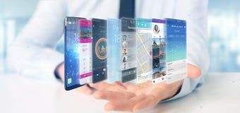 Affärsman som rymmer 3d som framför app-mallen på en smartphone Arkivbild
