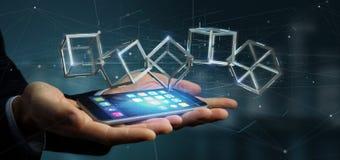 Affärsman som rymmer en blockchainkub för tolkning 3d isolerad på a Arkivfoton