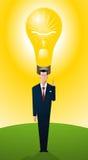 Affärsman som står stolt med ljus idé royaltyfri illustrationer