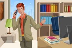 Affärsman som talar på telefonen Arkivfoton