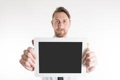Affärsman som visar hans minnestavla Arkivfoto