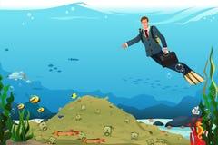 Affärsman Swimming Searching för pengar Royaltyfria Bilder