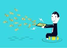 Affärsmandanandepengar från hans smarta apparat. Fotografering för Bildbyråer