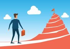 Affärsmanfokus som ska sjunkas ovanför det höga berget omkring med vägen in vektor illustrationer