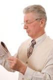 Affärsmannen läste tidningen Royaltyfri Bild