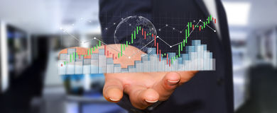 Affärsmannen som använder digital 3D, framförde börsstatistik och c Royaltyfri Fotografi