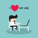 Affärsmannen som arbetar på bärbara datorn älskar jag, mitt jobb Arkivbild