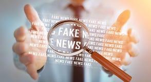 Affärsmannen som upptäcker, fejkar tolkningen för information 3D om nyheterna Fotografering för Bildbyråer