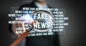 Affärsmannen som upptäcker, fejkar tolkningen för information 3D om nyheterna Arkivbild