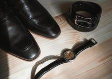 Affärsmantillbehör Stil för man` s Tillbehör för man` s: Fjäril för man` s, skor för man` s, klockor för man` s Arkivbilder