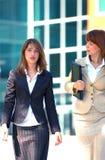 affärsuniversitetsområdekvinnor Arkivfoton