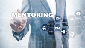 Aff?rsMentoring Personlig coachning Utbildande personligt utvecklingsbegrepp blandat royaltyfria foton
