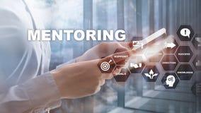 Aff?rsMentoring Personlig coachning Utbildande personligt utvecklingsbegrepp Blandat massmedia arkivfoton