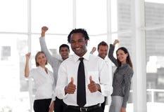 affaires célébrant l'équipe de réussite Images stock