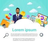 Affaires de finances de Cloud Copy Space d'homme d'affaires Image libre de droits