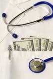 Affaires de soins de santé révisées Photos stock