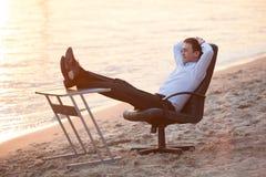 Affaires sur la plage photo stock
