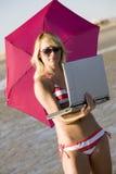 Affaires sur la plage images stock