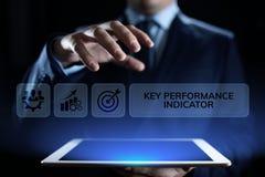 Affare dell'indicatore di efficacia chiave di KPI e concetto industriale di analisi sullo schermo fotografia stock libera da diritti