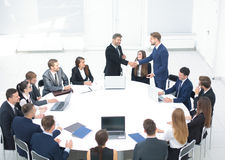 Affare Team Meeting Seminar Training Concept Stretta di mano Immagine Stock Libera da Diritti
