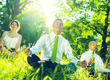Affare verde Team Environmental Meditating Concept Fotografie Stock