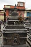 Affe auf stupa Lizenzfreies Stockfoto