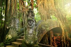 Affe-Brücke Ubad Bali Stockbild