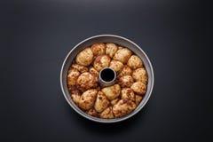 Affe-Brot mit Karamell und Zimt Lizenzfreie Stockfotos