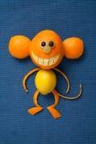 Affe gemacht von den Früchten Stockfoto