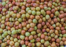 Affeapfelfrüchte im Markt Stockfotos
