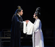 """Affectionate gaze- chilly temple-Jiangxi opera """"Red pearl"""" Royalty Free Stock Images"""