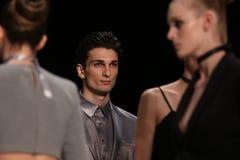 Afffair Catwalk i Mercedes-Benz Fashion Week Istanbul Royaltyfria Foton