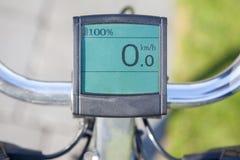 Affichage électrique de bicyclette au soleil Photographie stock
