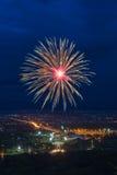 Affichage coloré de feux d'artifice chez Chiangmai Photos libres de droits
