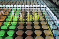 Affichage coloré de plats dans le pavillon de l'Espagne à l'expo 2015 Photo stock