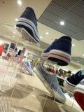 Affichage de boutique de chaussure Images libres de droits