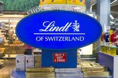 Affichage de chocolat de Lindt de Suisse Image libre de droits