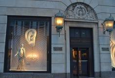 Affichage de fenêtre au bon homme de Bergdorf dans NYC Photos stock
