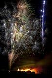 Affichage de feu d'artifice le 5 novembre en Angleterre Photographie stock
