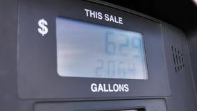 Affichage de pompe à essence banque de vidéos
