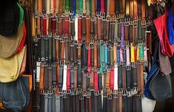 Affichage de ventes de ceinture et de sac Image stock