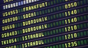 Affichage numérique à l'aéroport Photographie stock