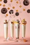 Affiche avec des milkshakes Photos libres de droits